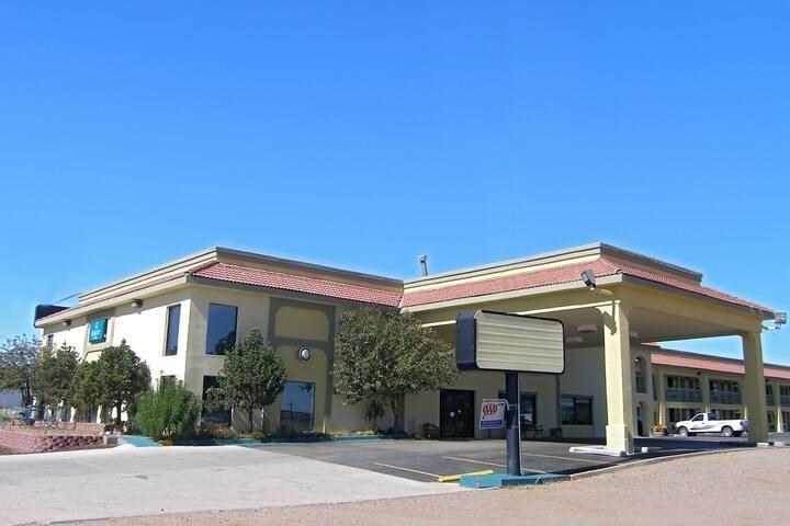 Travelodge by Wyndham Santa Rosa